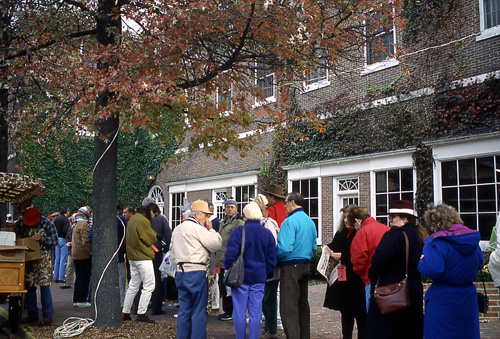 Folks lining up to enter the Gold Room in the Tidewater Inn, Easton, MD.